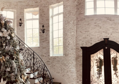 Huge foyer Brick-resize-750x500